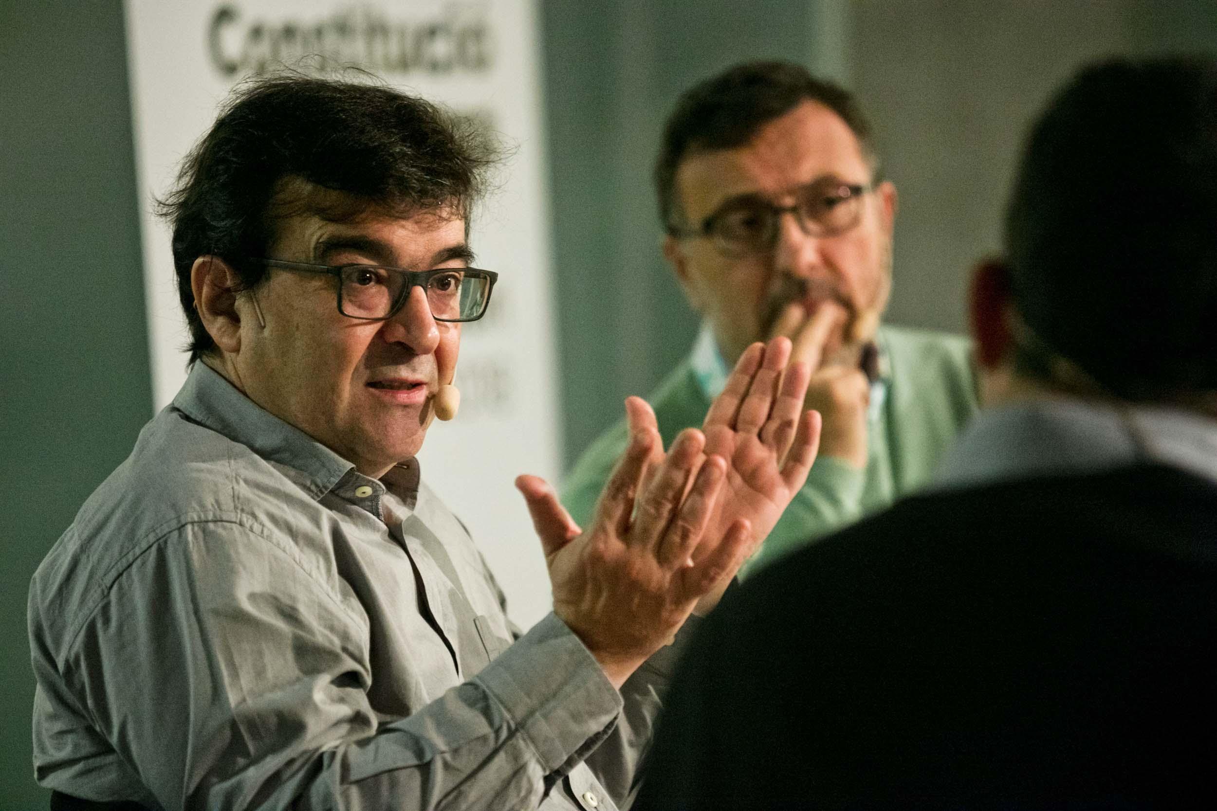 El cicle Conferències sobre la Democràcia continua amb un diàleg protagonitzat per l'escriptor Javier Cercas