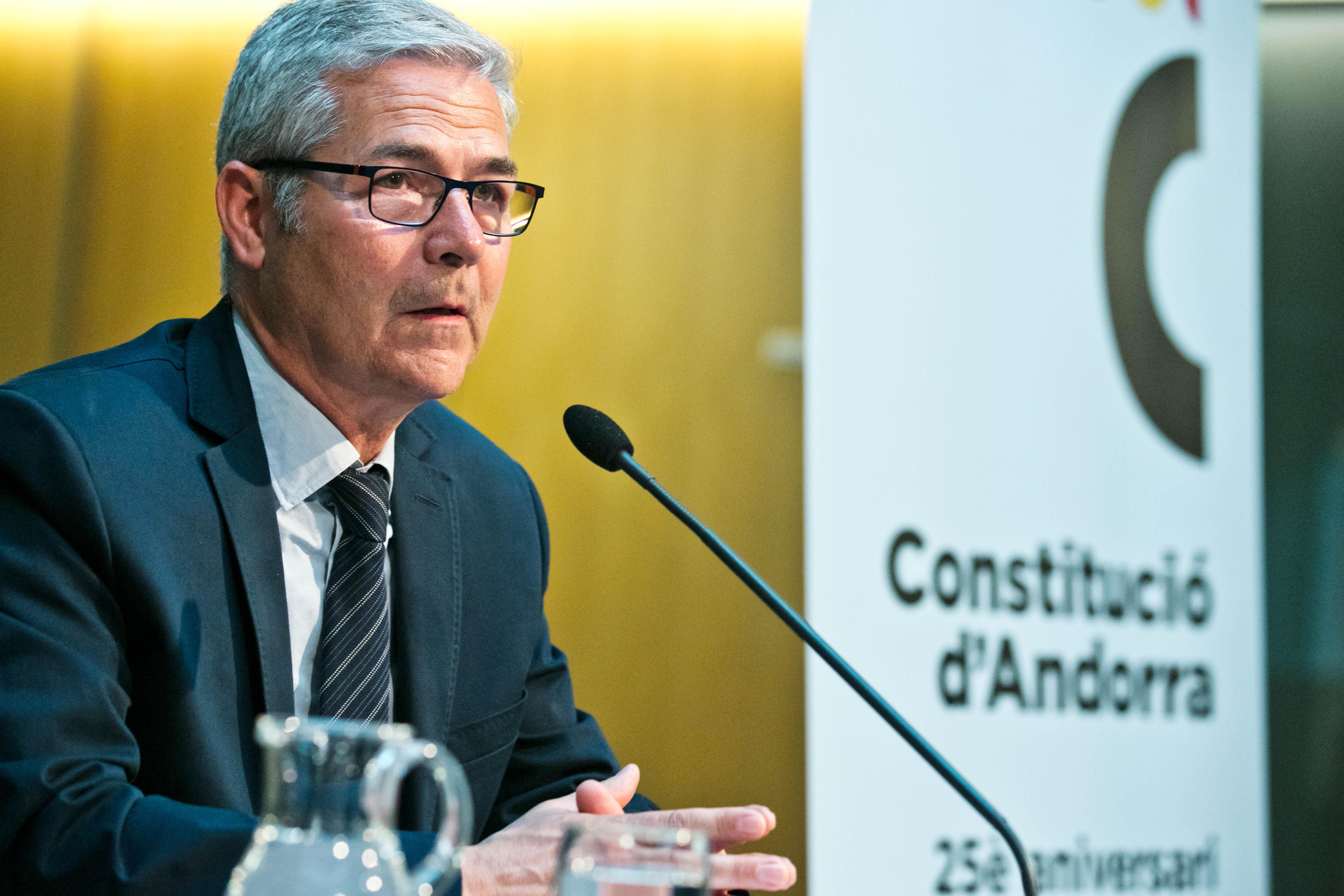Puigverd reivindica les velles virtuts clàssiques en la seva conferència 'La democràcia en l'època de les emocions'